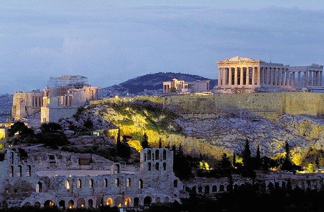 Viajar a Atenas en fin de curso, todo lo que debéis saber