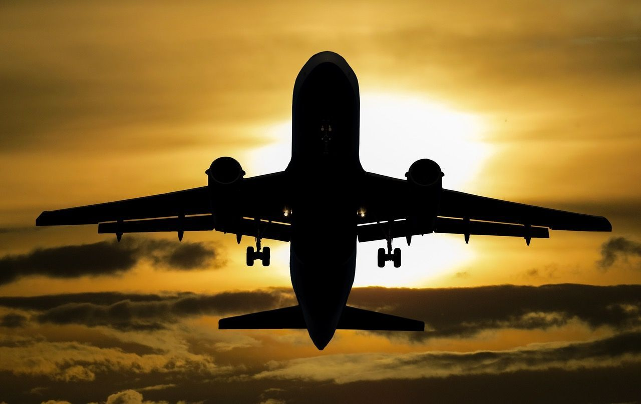 Qué se puede facturar en el avión… y qué está prohibido