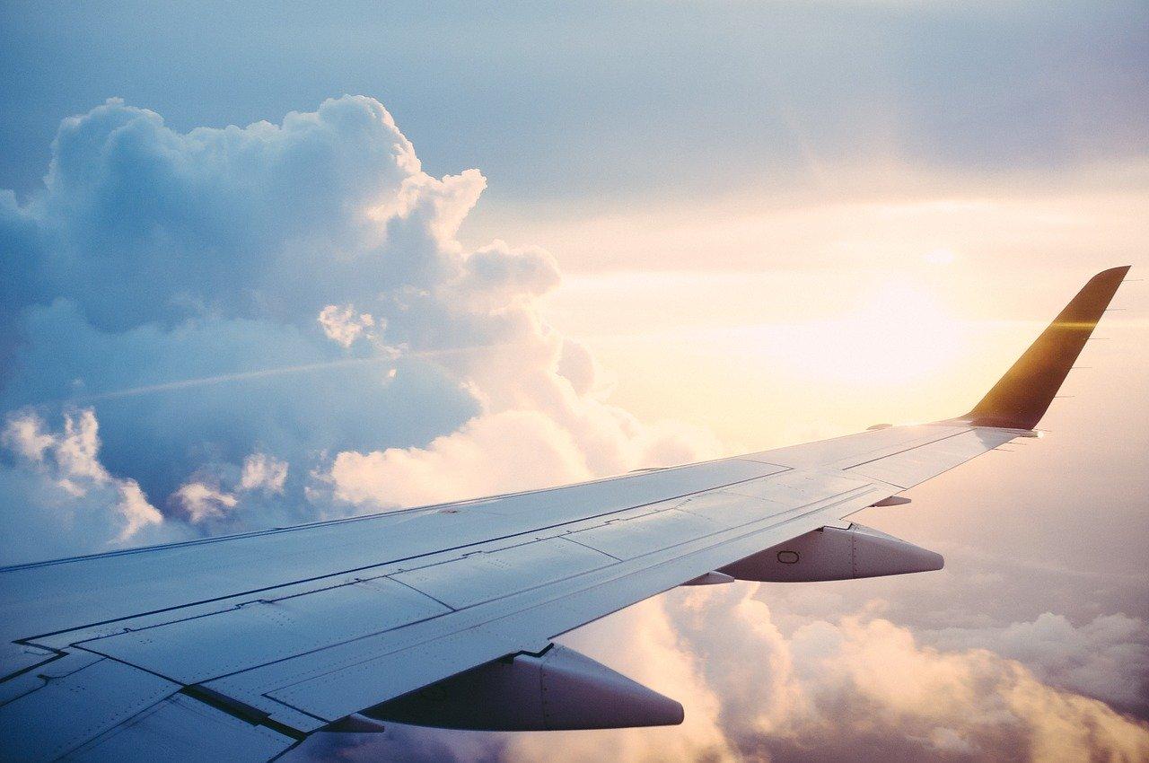 Cómo superar el miedo a volar en aviones antes del viaje fin de curso